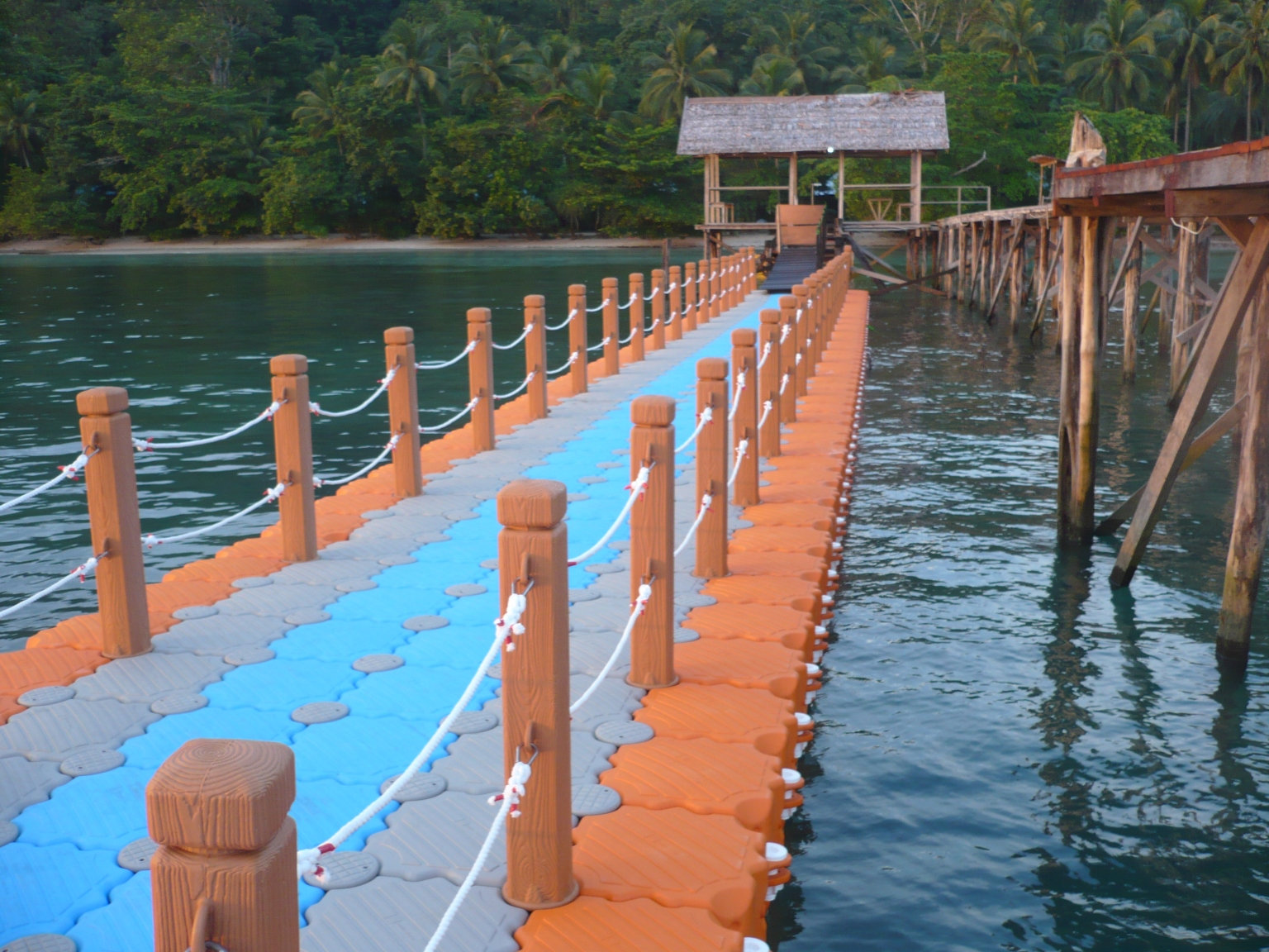 Muelles flotantes Colombia pacifico
