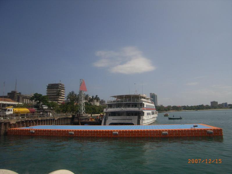 Muelles flotantes modulares grandes embarcaciones