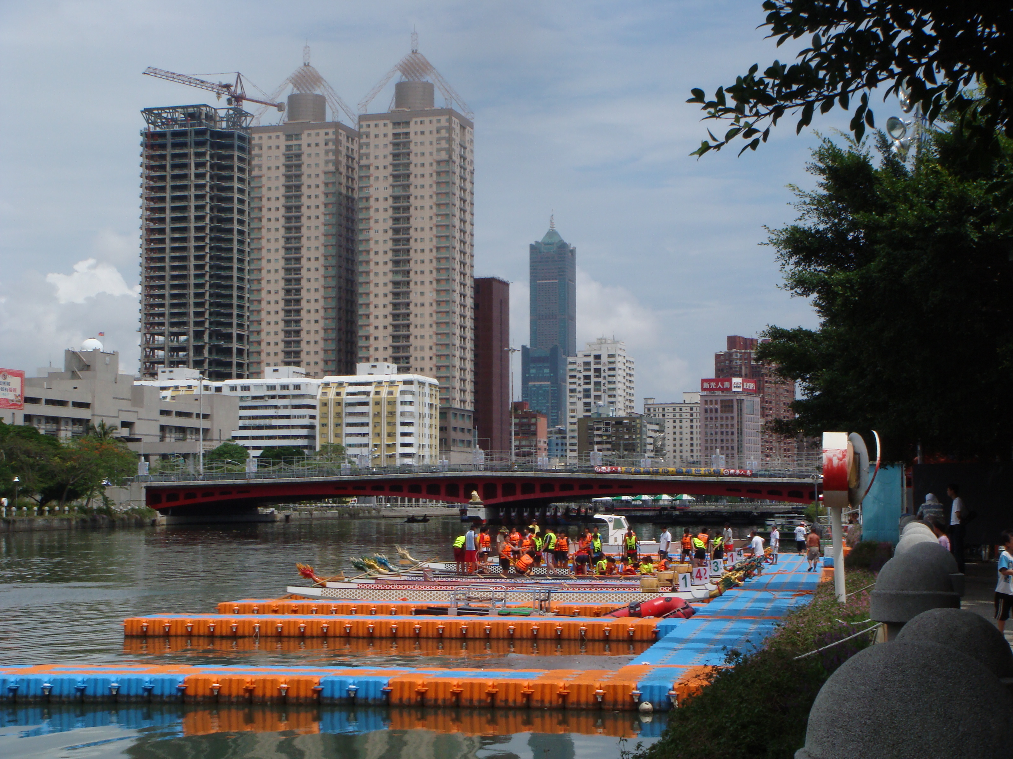 Muelles flotantes modulares municipios riberenos