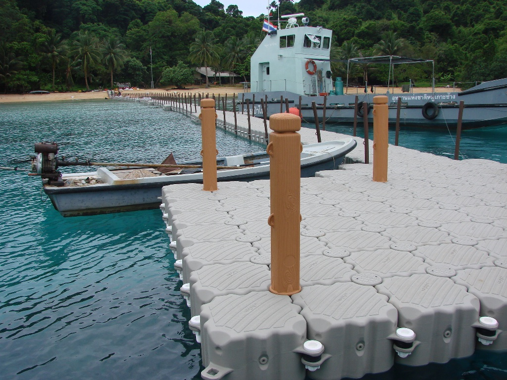 Muelles flotantes modulares pacifico Colombiano
