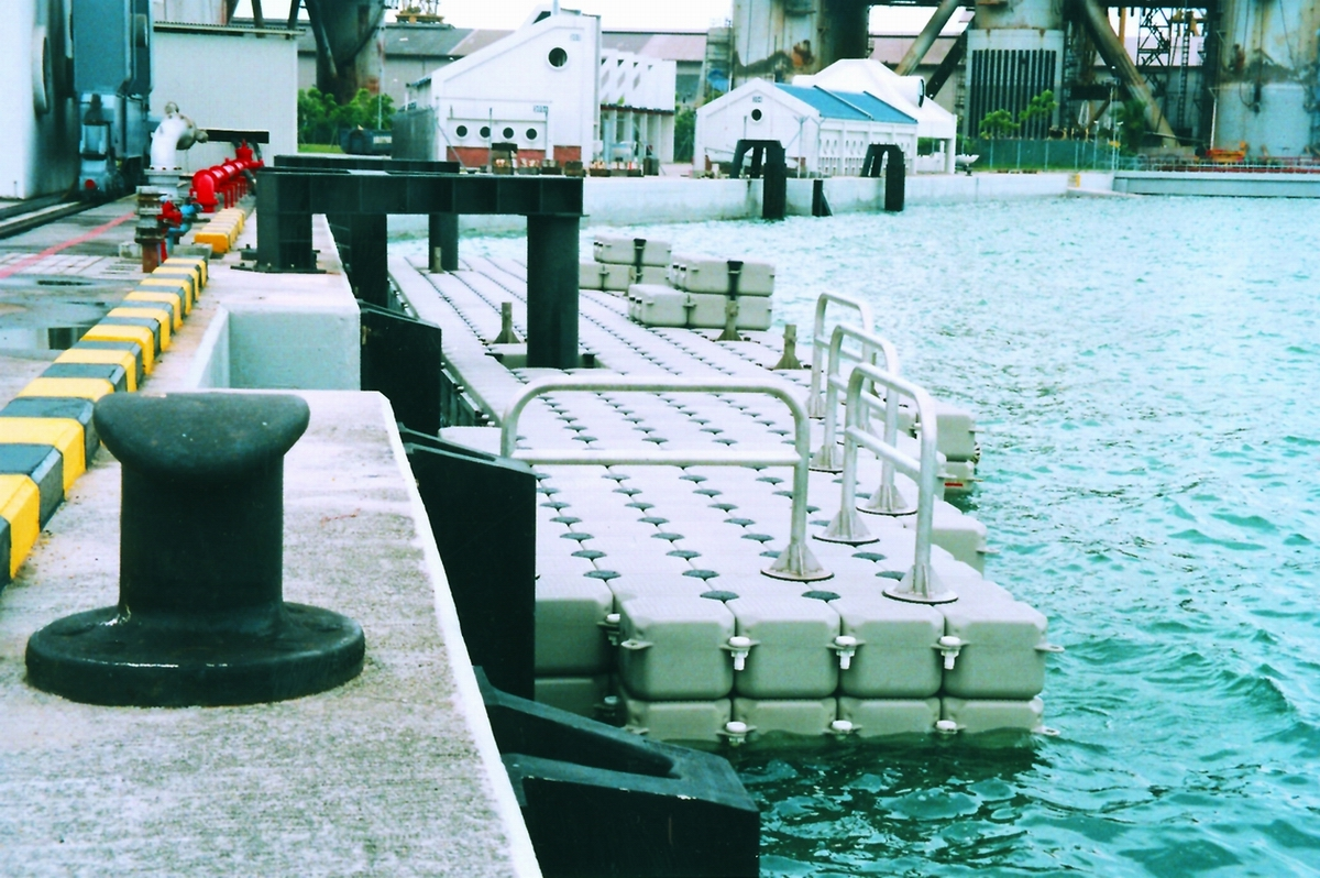 Muelles flotantes modulares puertos