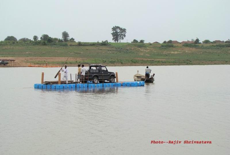 plataforma flotante barcaza