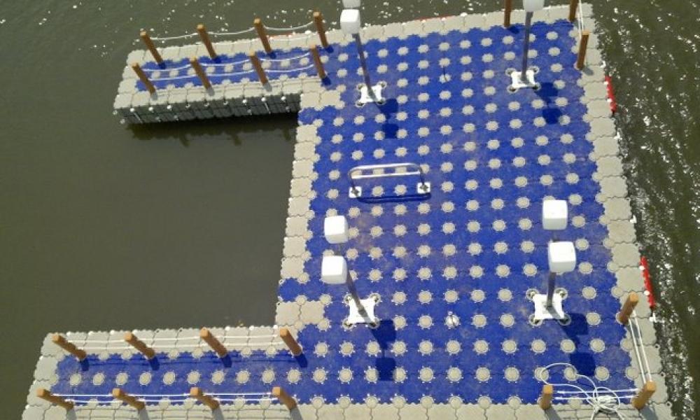 Muelle tapa azul de modulos de servicio