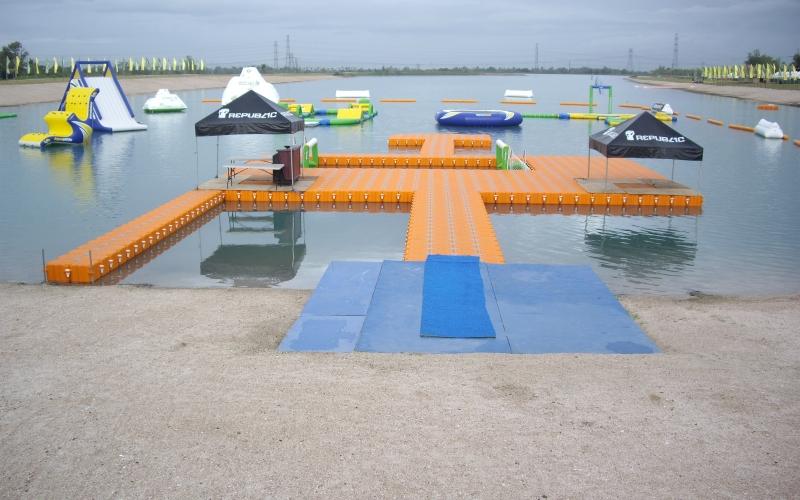 Muelles flotantes modulares parque recreacion
